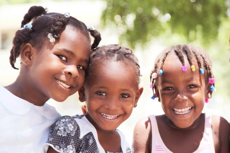 action de solidarit d auchan et de sos villages d enfants monde pour des milliers d enfants en. Black Bedroom Furniture Sets. Home Design Ideas