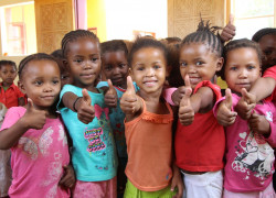 tdh Namibia-Education Children of the San
