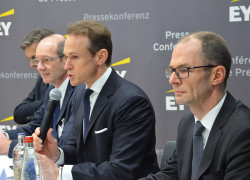 EY press conf building2